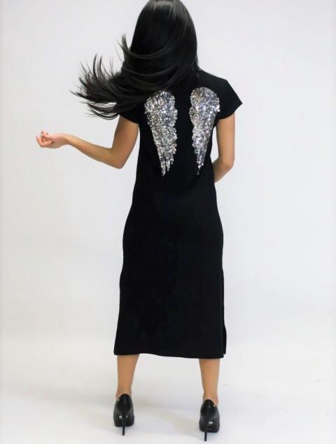 Γυναικείο Φόρεμα Μαύρο Με Φτερά Στην Πλάτη