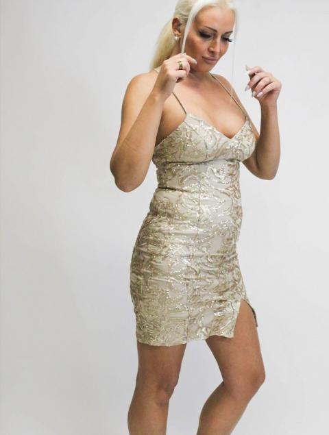 Κοντό φόρεμα χρυσό παγιέτα
